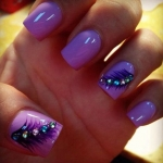 23-feather-nail-art