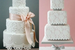 belye_kruzheva_na_torte_svadba