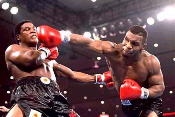 самый сильный боксер майк тайсон