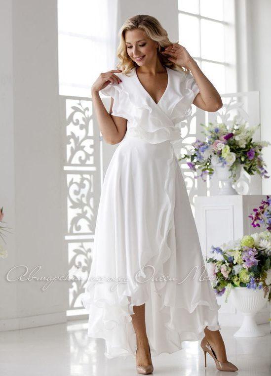 белоснежное вечернее платье с воланами 2019