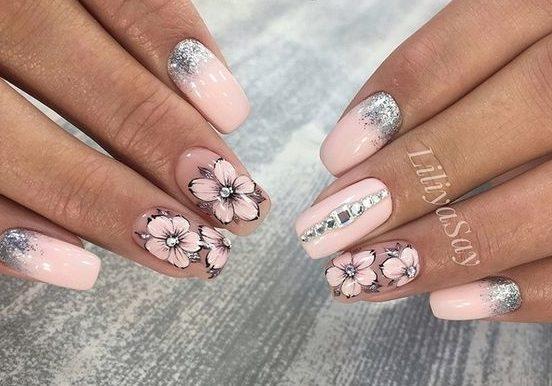 цветы на ногтях рисунки