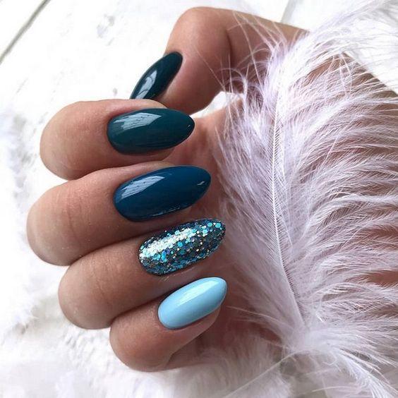 градиент на ногтях бирюзовый