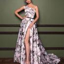 Karin красивые платья 2019-2020 с цветами атласные