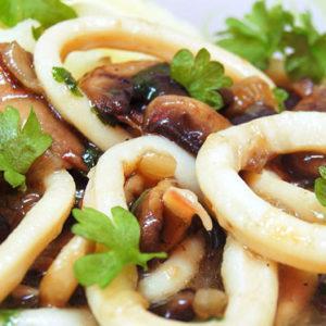 кальмары с грибами тушеные рецепт и советы по приготовлению
