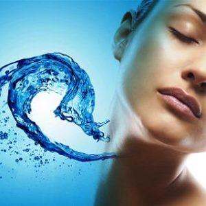 как продлить молодость кожи лица с помощью воды