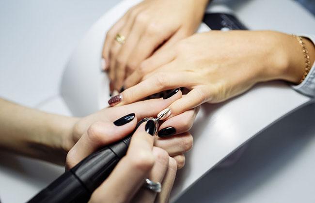 аппаратный маникюр обработка ногтей