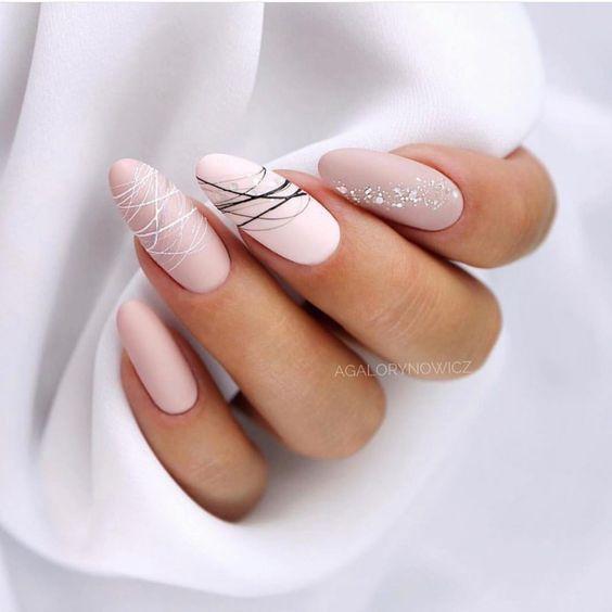 невероятный нюдовый маникюр 2020 идеи геометрия овальные ногти