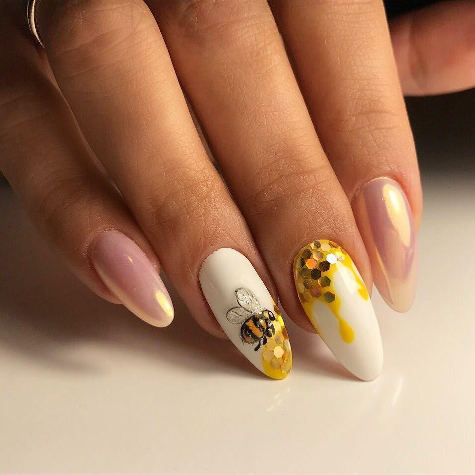 пчелка и ногти
