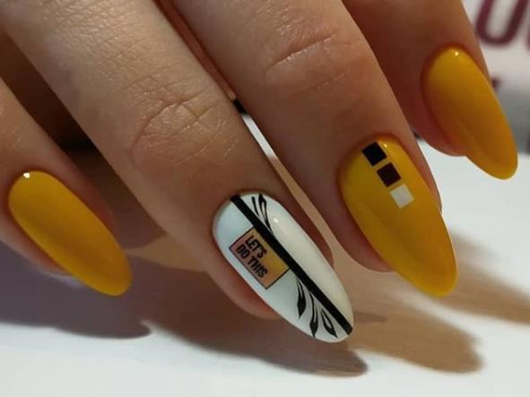 горчичный маникюр стильные идеи ногтей