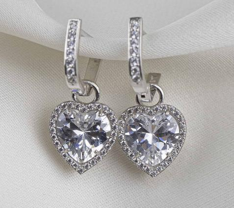 сердечко сережки из серебра с камнями