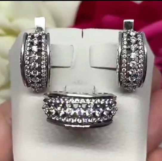 наборы из серебра серьги и кольца