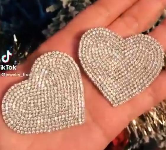 серьги сердца