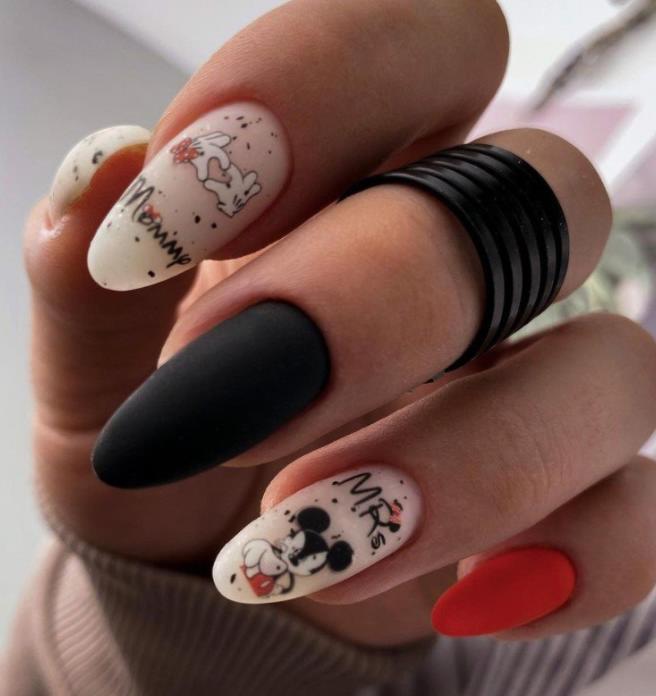 идеи черного оркашивания ногтей стильные идеи