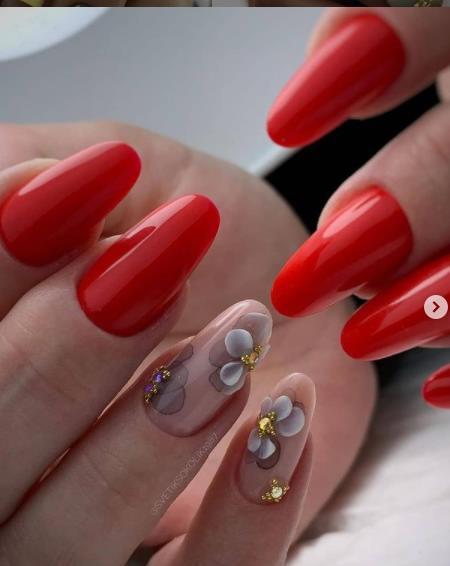 ногти форма пуанты стильный дизайн красное покрытие