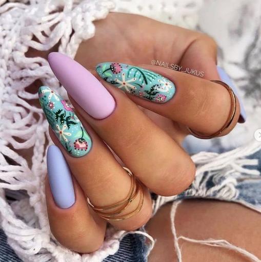 идеи стильных ногтей в бирюзовых оттенках