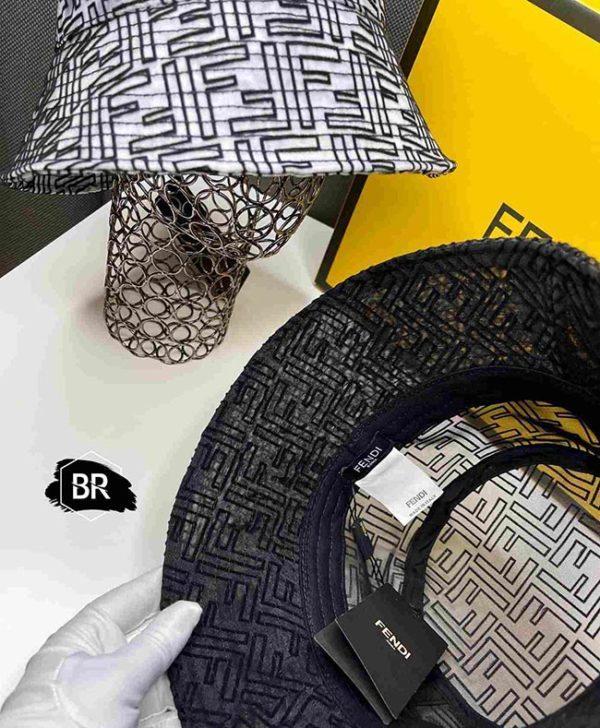 модные прозрачные кепки панамы