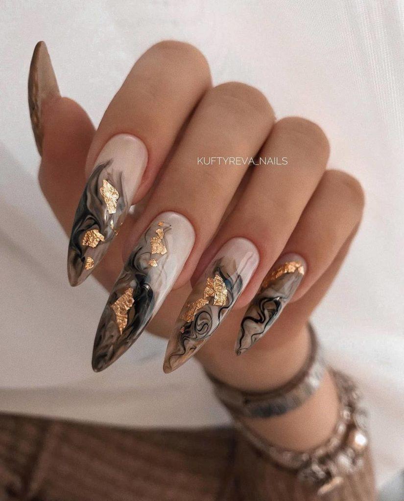 разливы минералов 22 ногти маникюр стилеты форма