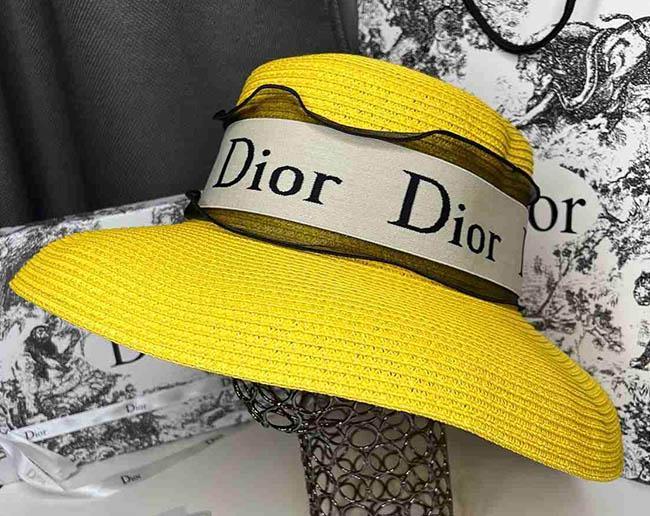 шляпы диор прада