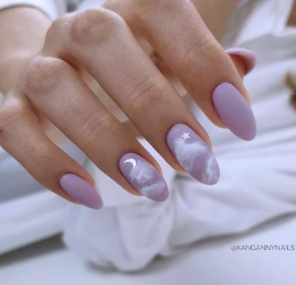 пурпурный оттенок на ногтях лето идеи