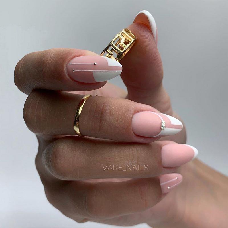 полоска шедевры рисунки на ногтях идеальный вариант